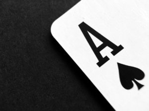 Read more about the article 百家樂是技巧遊戲還是機率遊戲?